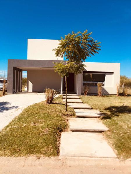 Foto Casa en Venta en  Vistas,  Puertos del Lago  VISTAS Nº 362, Puertos, Escobar