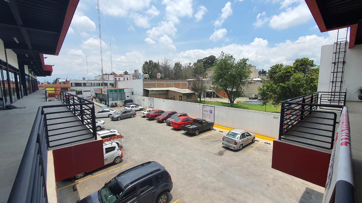 Foto Local en Renta en  Zinacantepec ,  Edo. de México  Locales en Renta en Plaza Comercial en el centro de Zinacantepec
