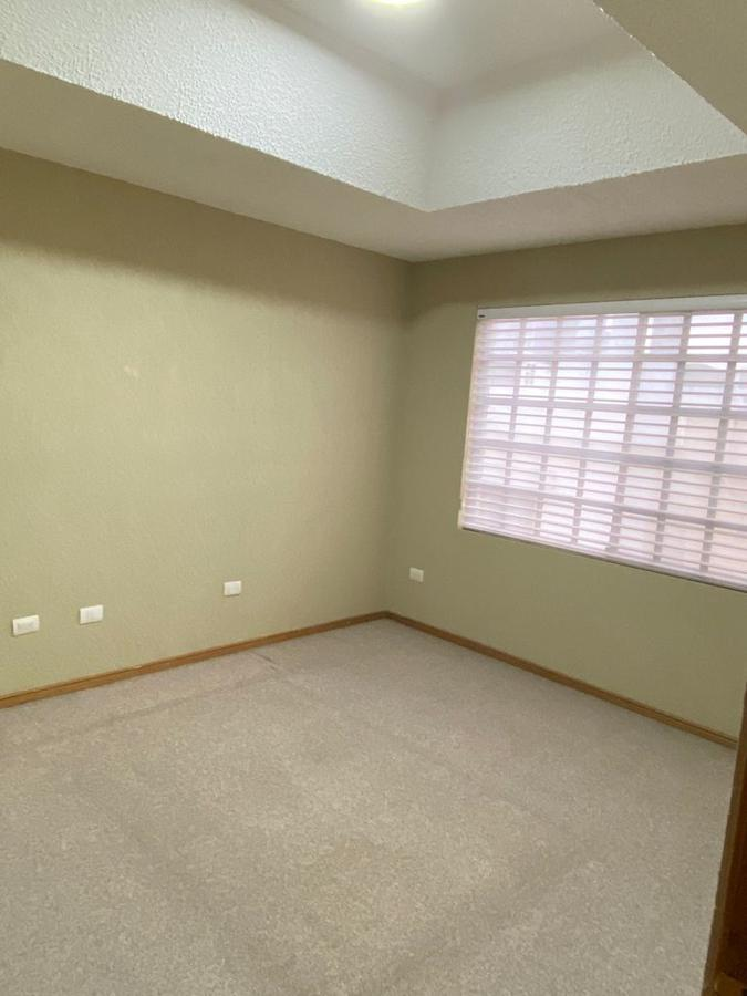 Foto Casa en Venta en  Del Valle,  San Pedro Garza Garcia  EN VENTA PRACTICA CASA EN PRIVADA EN LOS RIOS DEL VALLE SAN PERDRO GARZA GARCIA