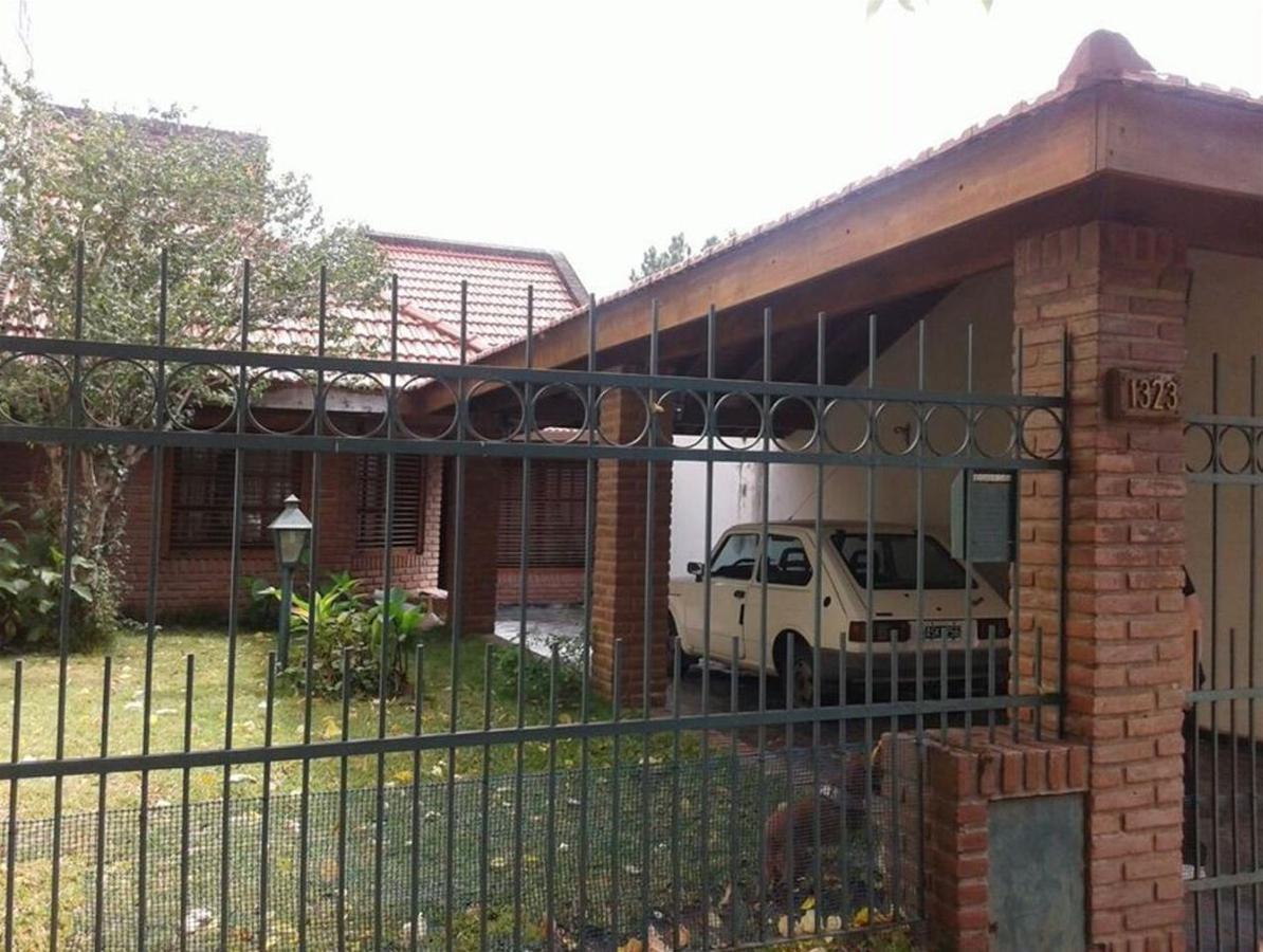 Foto Casa en Venta en  La Plata,  La Plata  33 e/ 21 y 22