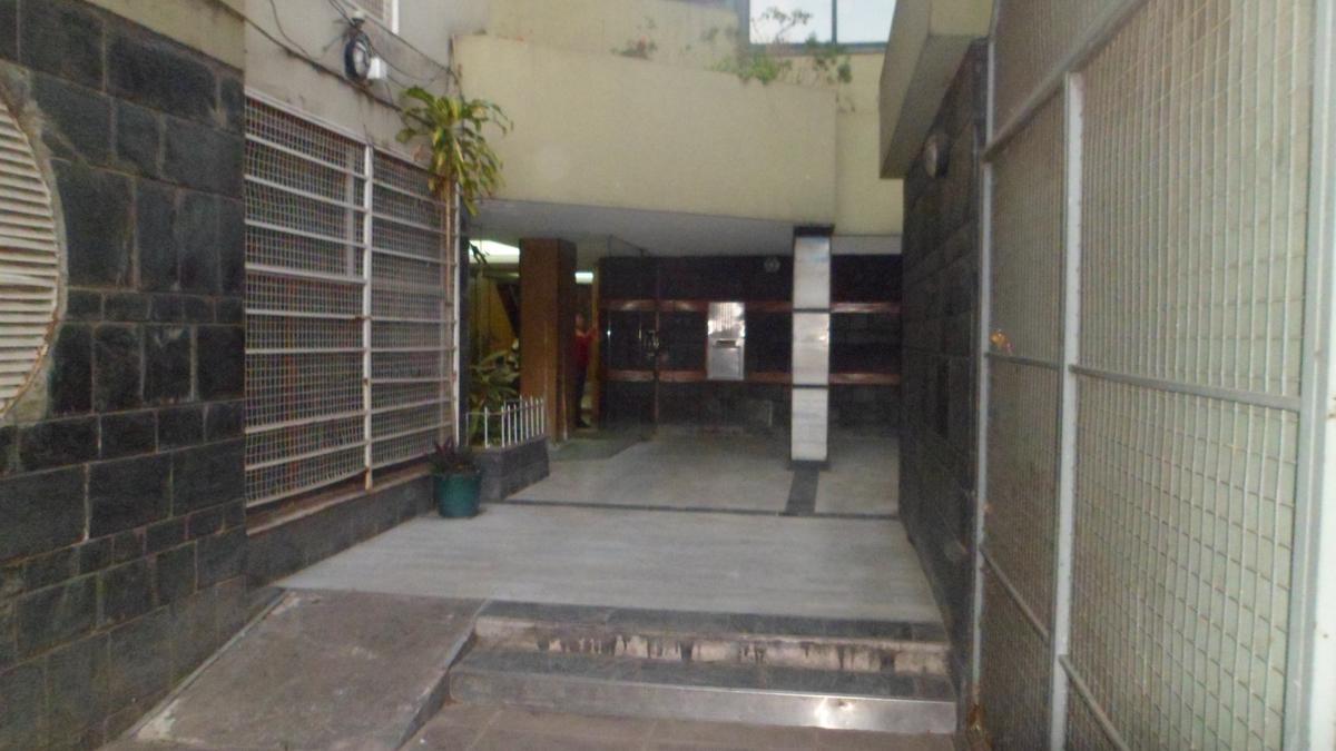 Foto Departamento en Alquiler en  Balvanera ,  Capital Federal  AV. RIVADAVIA al 2900