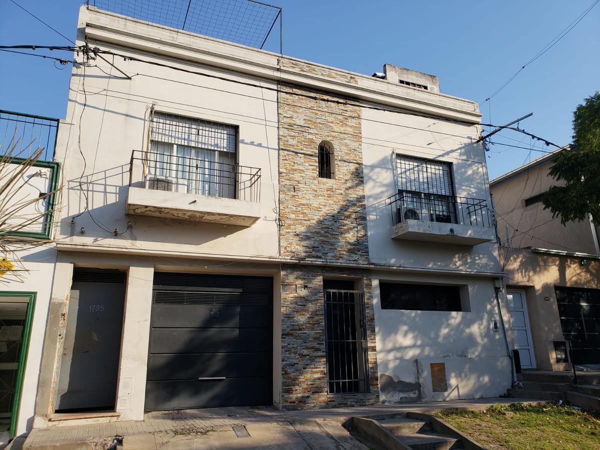 Foto Casa en Venta en  Rosario,  Rosario  CASA 3 DORMITORIOS  OLIVE al 1700