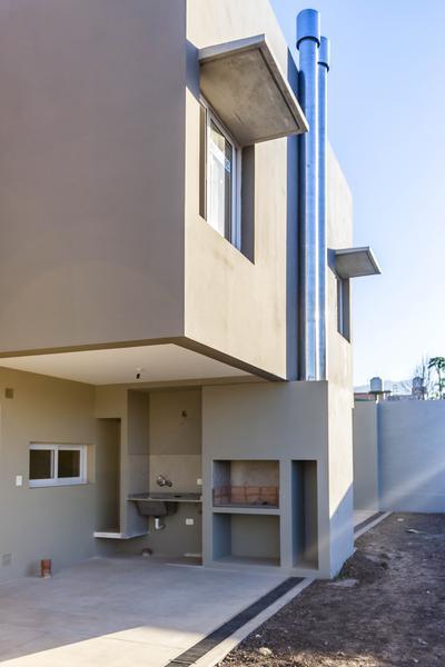Foto Casa en Alquiler en  Yerba Buena ,  Tucumán  BRAILE al 2100