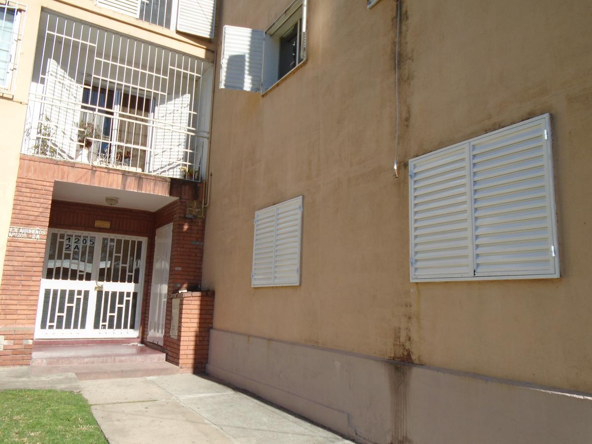 Foto Departamento en Alquiler en  Celedonio Escalada,  Rosario  Pje. Arribeños al 1200