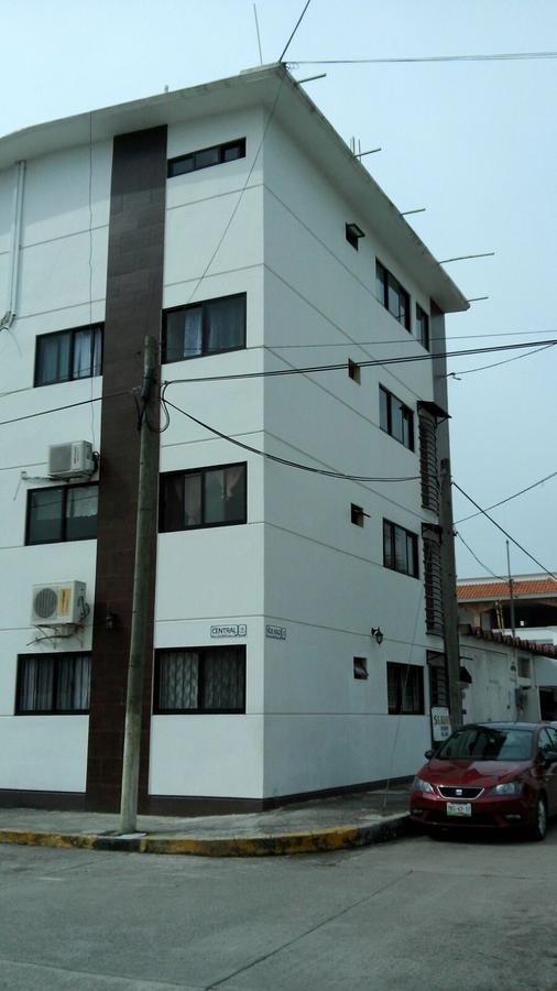 Foto Departamento en Renta en  Enrique Rodríguez Cano,  Tuxpan  DEPARTAMENTO  SEMIAMUEBLADO