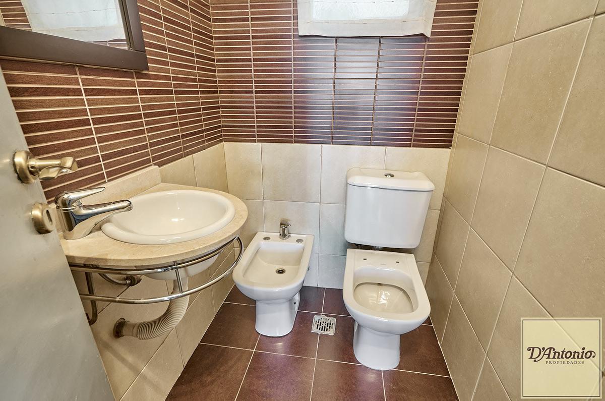 Foto Oficina en Alquiler | Venta en  Balvanera ,  Capital Federal  Catamarca al 100