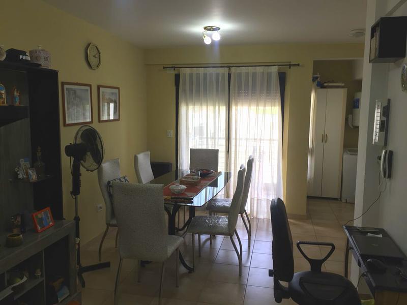 Foto Departamento en Venta en  Campana ,  G.B.A. Zona Norte  Castelli al 400