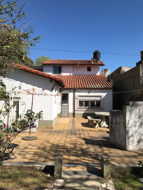Foto Casa en Venta en  Lomas de Zamora Oeste,  Lomas De Zamora  San Martin 647