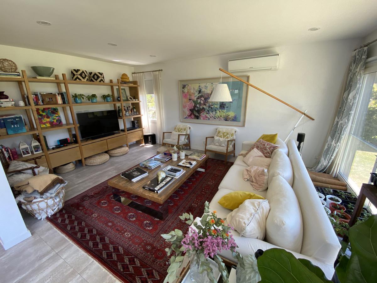 Foto Casa en Venta en  Talar Del Lago II,  Countries/B. Cerrado (General Pacheco)  Talar del Lago II. Casa 3 dormitorios con escritorio y dependencia. Venta