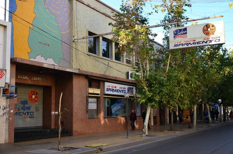 Foto Local en Alquiler | Venta en  Capital ,  San Juan  Mendoza al 400