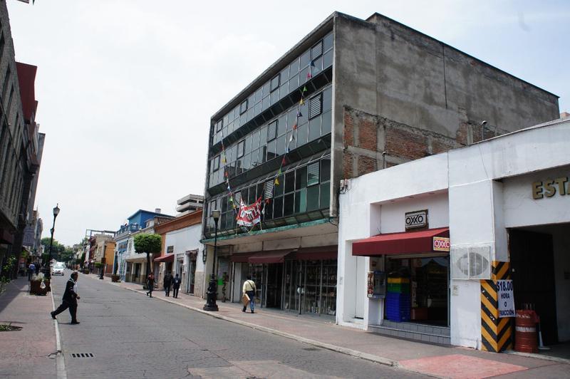 Foto Edificio Comercial en Venta en  Centro,  Toluca  Edificio en venta Centro de Toluca Los Portales