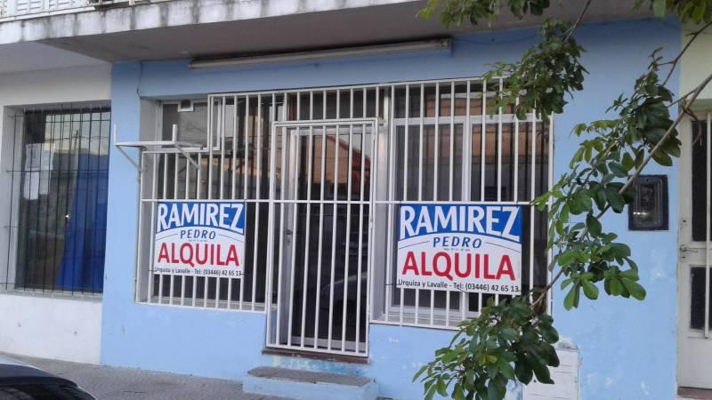 Foto Local en Alquiler en  Gualeguaychu ,  Entre Rios  Del valle al 1000