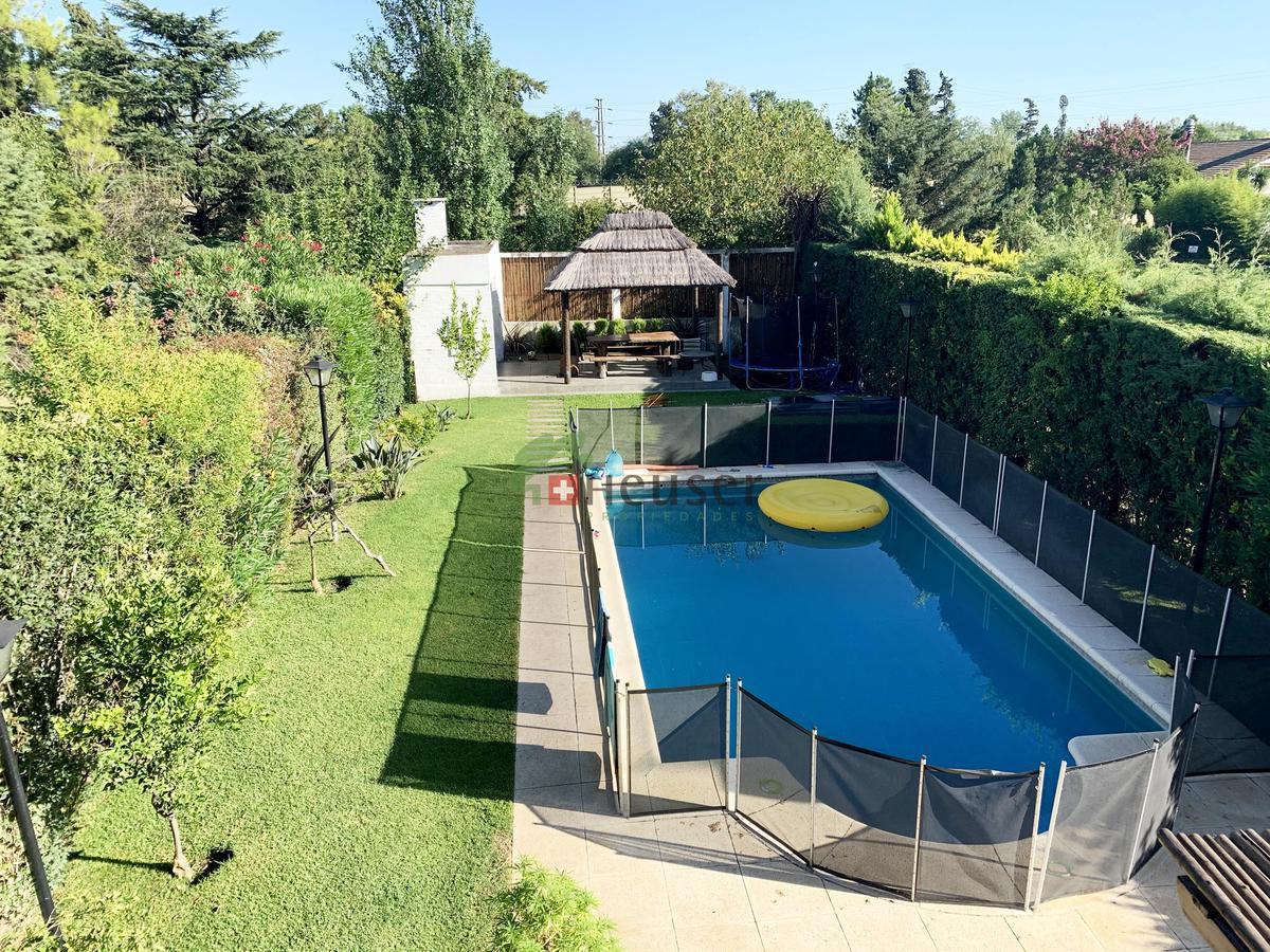 Foto Casa en Venta en  Maschwitz Club,  Countries/B.Cerrado (Escobar)  Country Maschwitz  Club