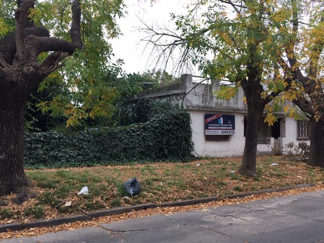 Foto Casa en Venta en  Temperley Este,  Temperley  Vicente Stea al 1500