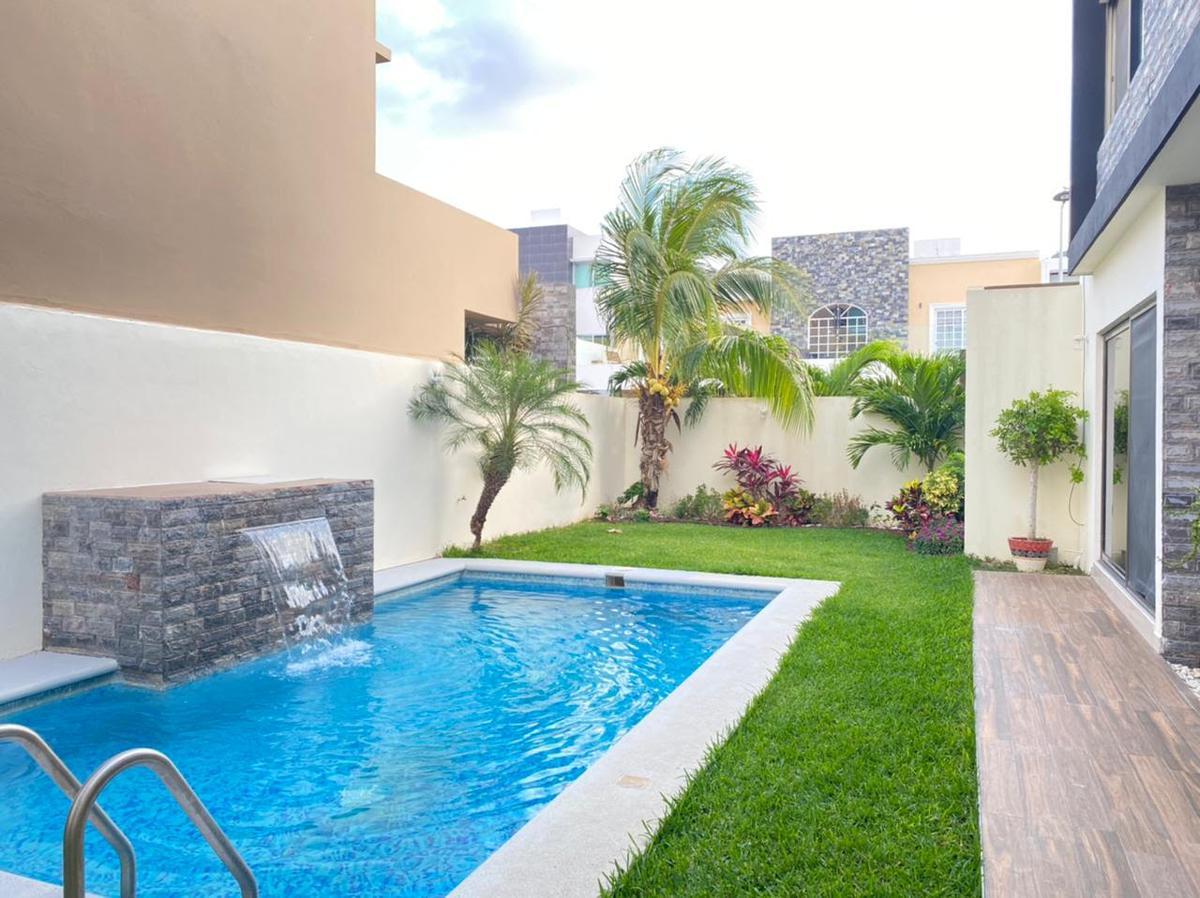 Foto Casa en Venta en  Aqua,  Cancún  Residencial aqua doble terreno