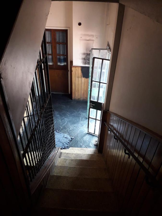 Foto Departamento en Venta en  Monte Grande,  Esteban Echeverria      Vicente Lopez 454