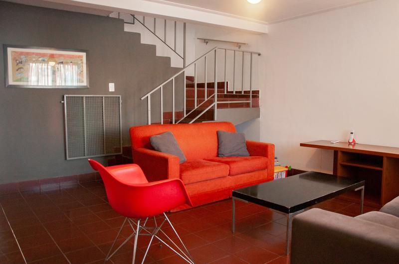 Foto Casa en Venta en  San Miguel De Tucumán,  Capital  Pje.  Osorio al 4000