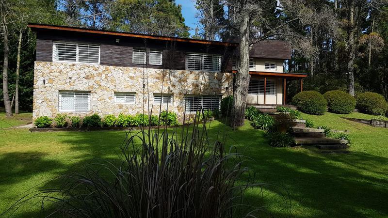 Foto Casa en Alquiler temporario en  Mar De Las Pampas ,  Costa Atlantica    Alzaga