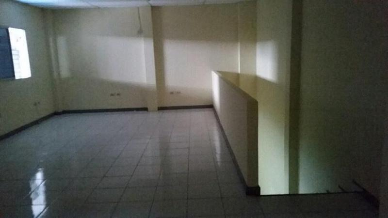 Foto Depósito en Alquiler en  Norte de Guayaquil,  Guayaquil  Via a Daule Alquiler Bodega 1.320 m2