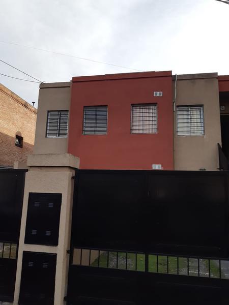 Foto Departamento en Alquiler en  San Miguel ,  G.B.A. Zona Norte  Zapiola al 1400
