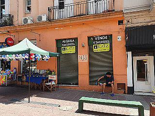 Foto Local en Venta en  Ciudad Vieja ,  Montevideo  Perez Castellano casi 25 de mayo