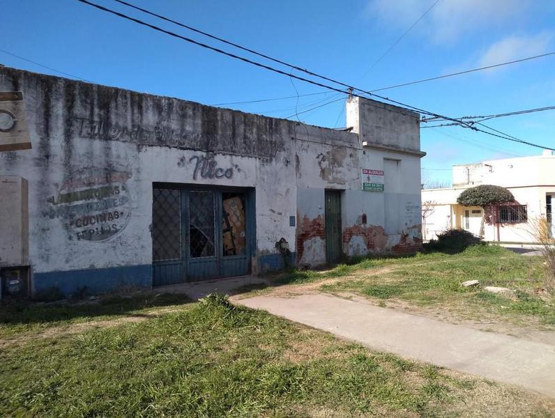 Foto Local en Alquiler en  General Belgrano,  General Belgrano  Avenida España y Rivadavia 200