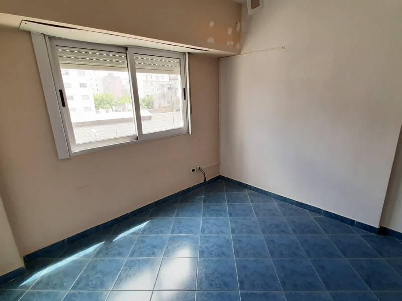 Foto Departamento en Venta en  Monserrat,  Centro (Capital Federal)  Av. Independencia al 1300