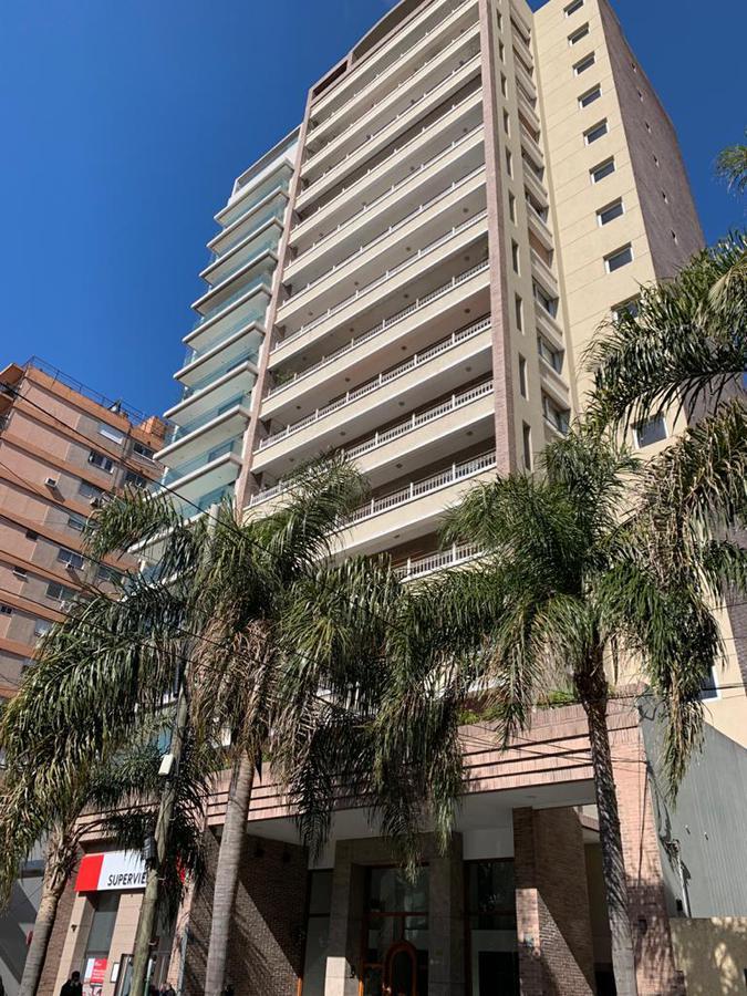 Foto Departamento en Venta en  Lomas de Zamora Oeste,  Lomas De Zamora  COLOMBRES 166 3º PISO