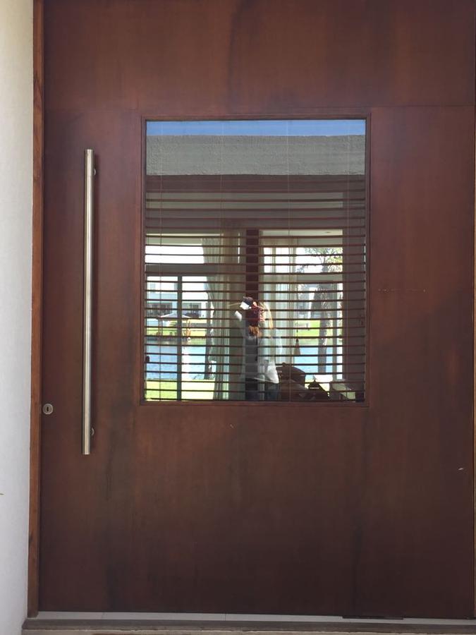 Foto Casa en Venta | Alquiler en  Los Alisos,  Nordelta  Renta hasta el 01 de noviembre del 2021.-
