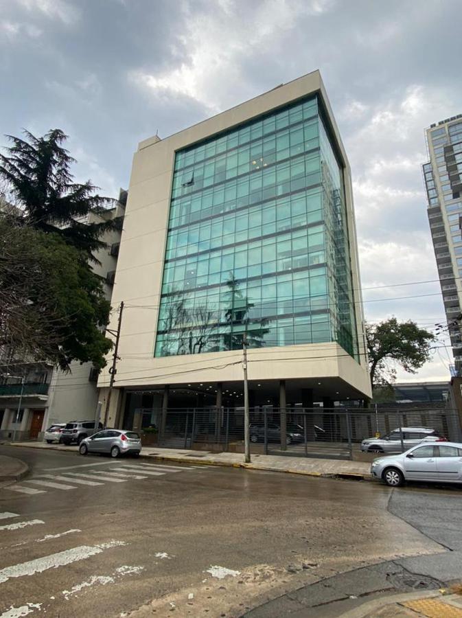 Foto Oficina en Alquiler en  Vicente López ,  G.B.A. Zona Norte  Zufriategui al 600