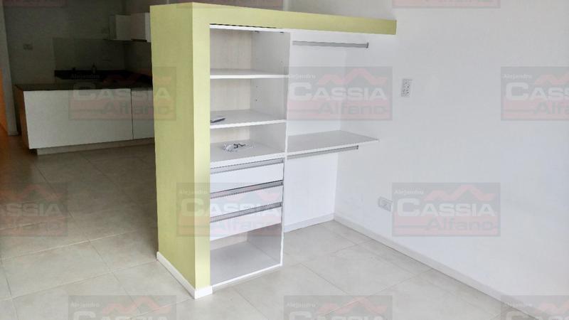 Foto Departamento en Venta en  Lomas De Zamora,  Lomas De Zamora  LAPRIDA 528