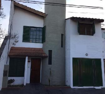 Foto Casa en Venta en  Pque.Capital,  Cordoba  Olegario Correa al 2000