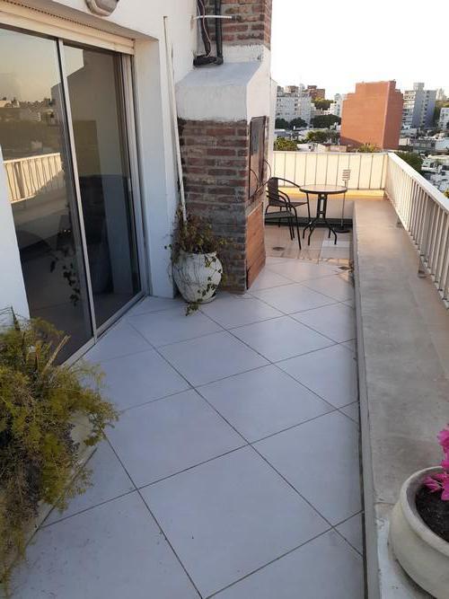 Foto Departamento en Alquiler en  Pocitos ,  Montevideo  Barreiro esquina Cipriano Payan