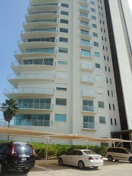 Foto Departamento en Venta en  Zona Hotelera,  Cancún  residencial peninsula zona hotelera