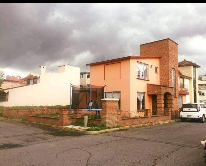 Foto Casa en condominio en Renta en  San José,  Toluca  Hacienda San Jose