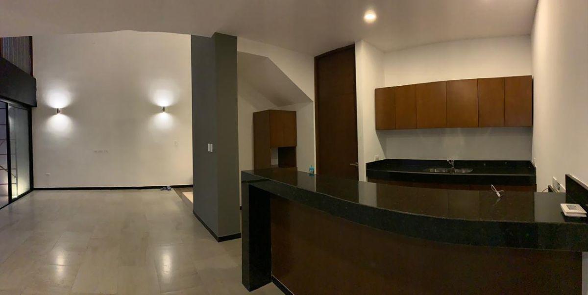 Foto Casa en Renta en  Temozon Norte,  Mérida  Rento bello Town House nuevo  Temozon Norte