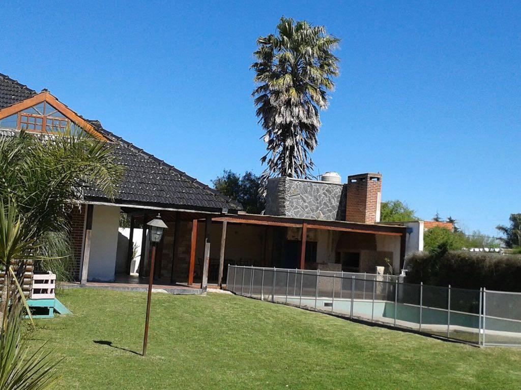 Foto Casa en Venta en  Villa Parque Sicardi,  La Plata  7 E/ 654 y 655