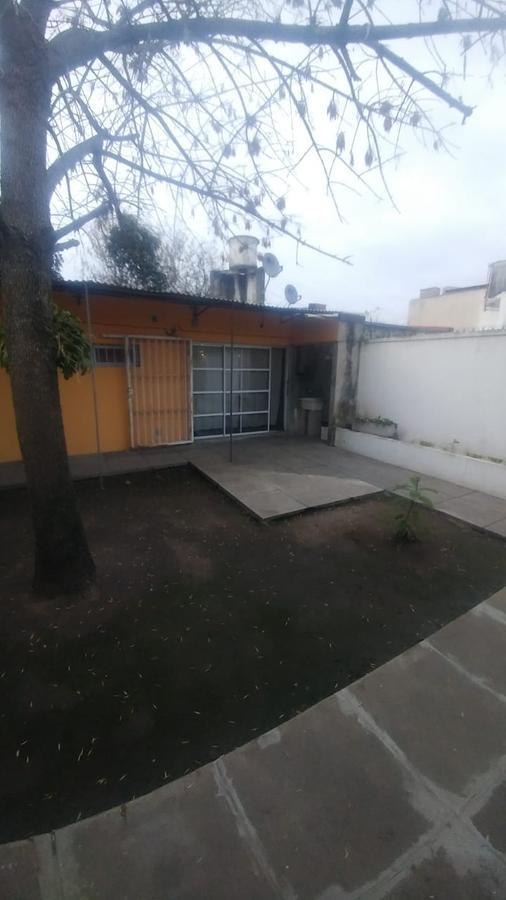 Foto PH en Venta en  Tolosa,  La Plata  2 Bis entre 516 y 517