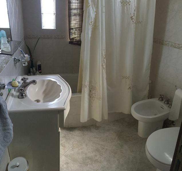 Foto Casa en Venta en  Lomas de Zamora Oeste,  Lomas De Zamora  POSADAS al 700