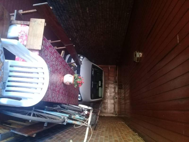 Foto Casa en Venta en  Jose Marmol,  Almirante Brown  ROSALES 2432