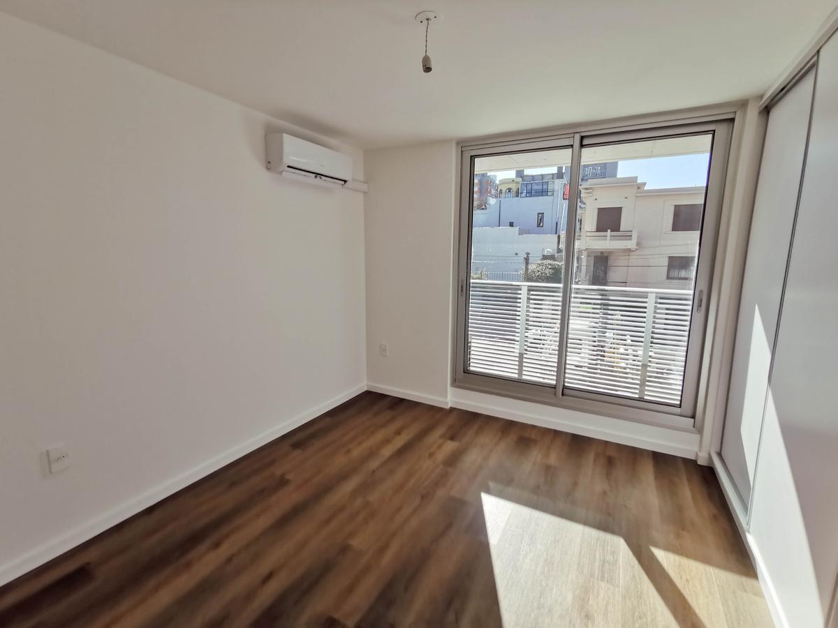 Foto Apartamento en Alquiler en  Punta Carretas ,  Montevideo  José H. Figueiras al 2200