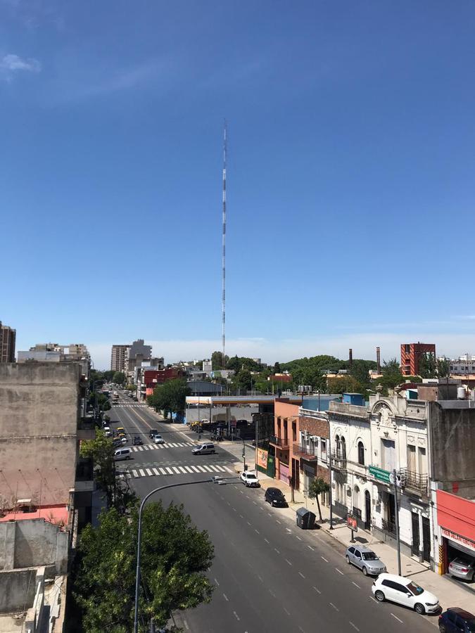 Foto Departamento en Alquiler | Venta en  Constitución ,  Capital Federal  Av Entre Rios al 1700