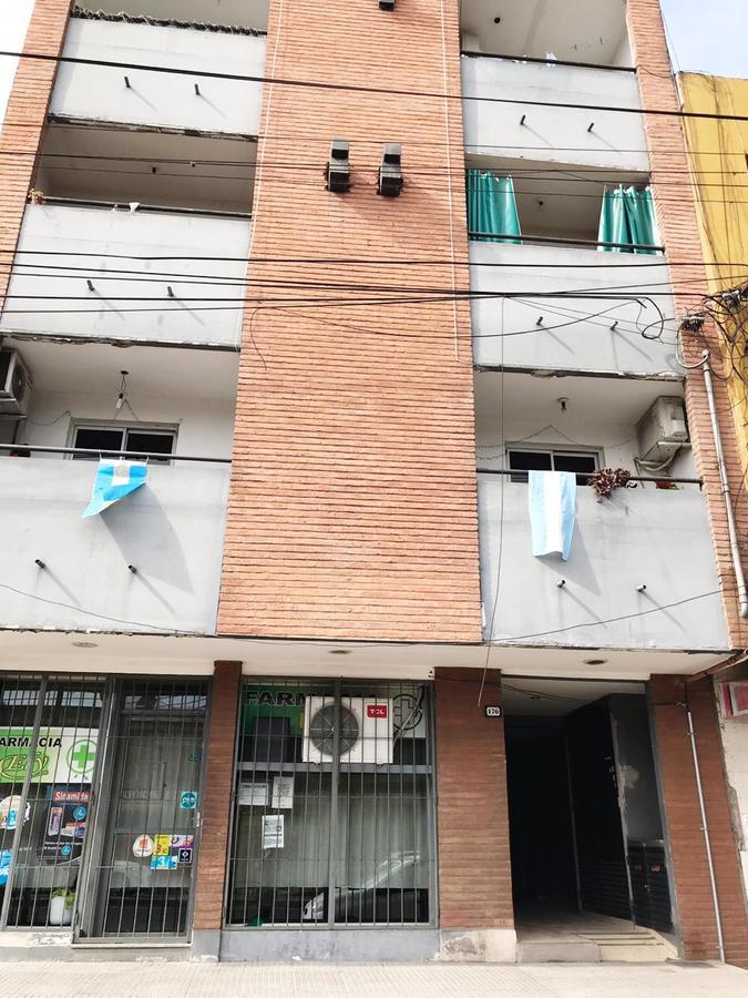 Foto Departamento en Venta en  San Miguel De Tucumán,  Capital  avenida colon al 100