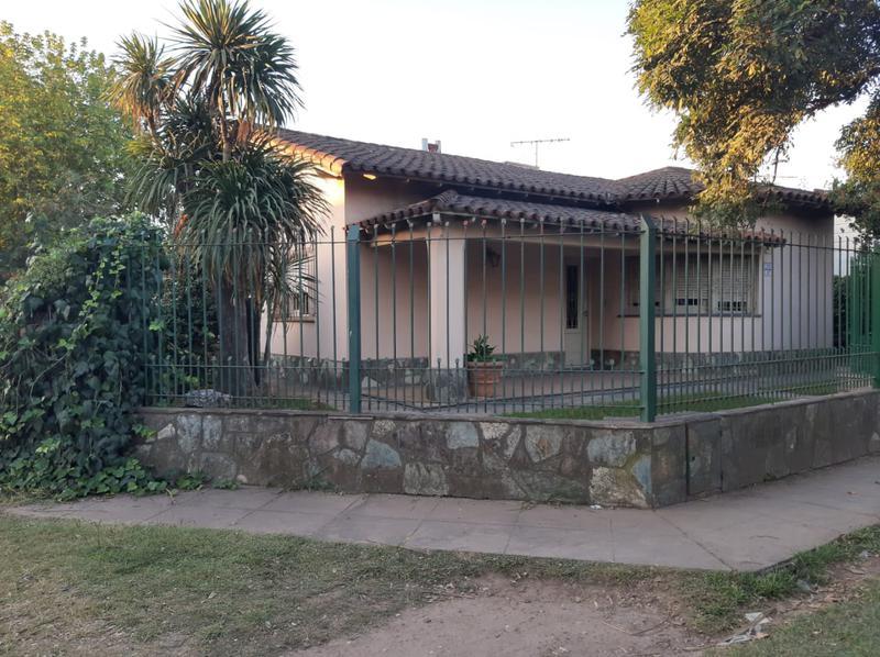Foto Casa en Venta en  Jose Clemente Paz,  Jose Clemente Paz  piñero al 2200