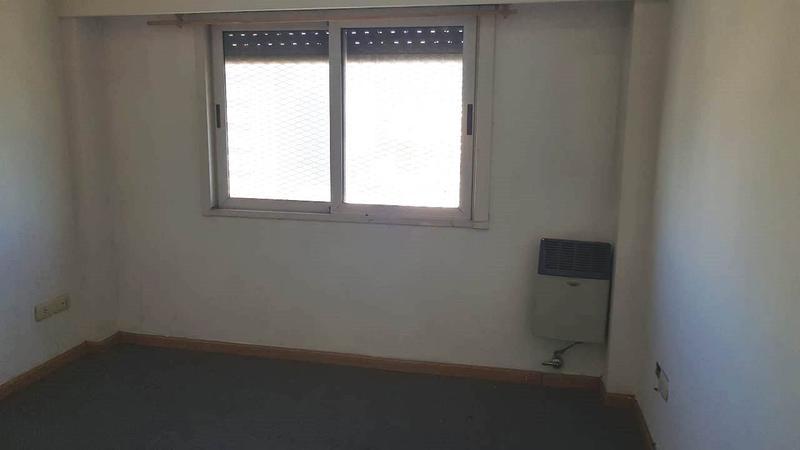 Foto Departamento en Alquiler en  Moron,  Moron  Brown al 700