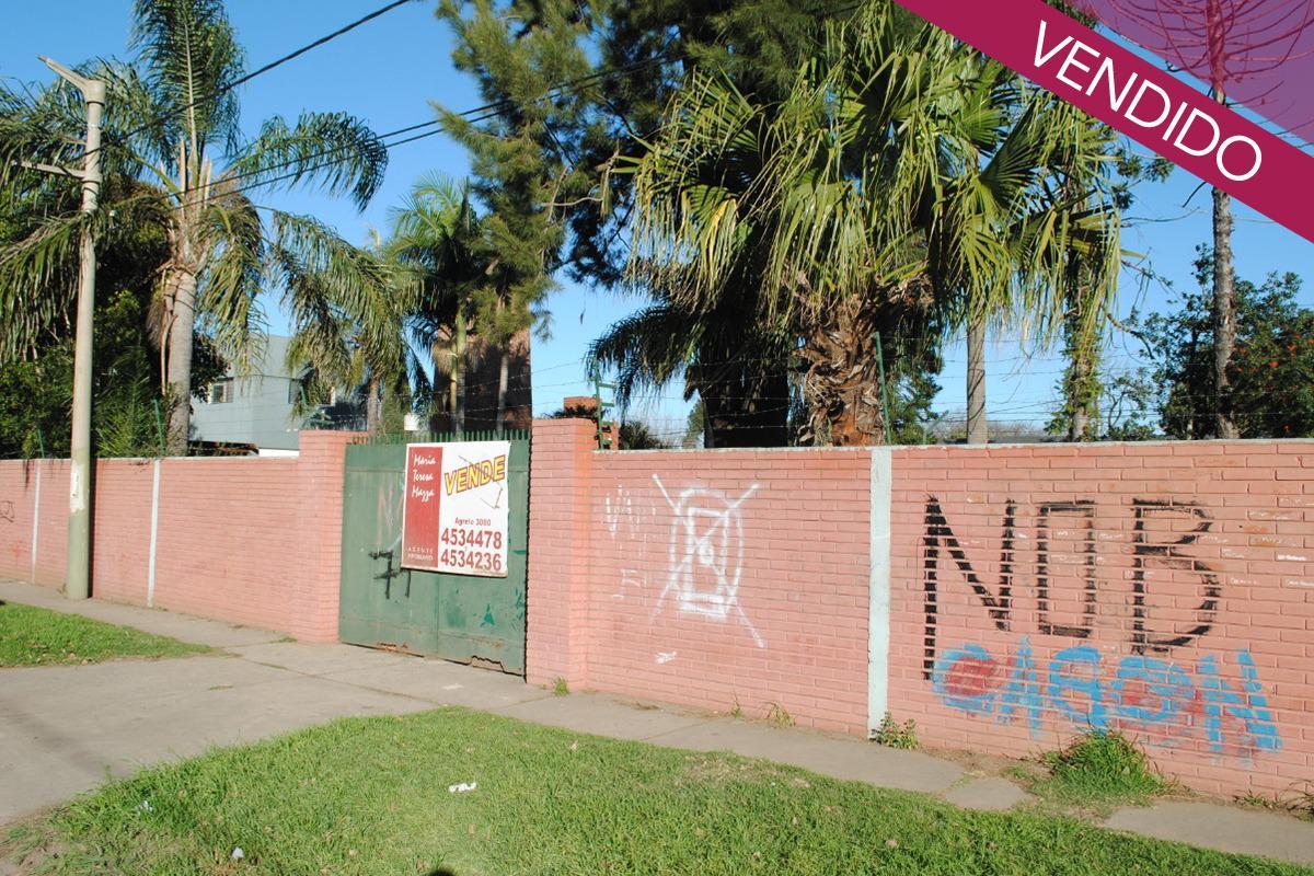 Foto Terreno en Venta en  B.Parque Field,  Rosario  Kennedy  al 2100
