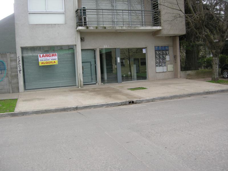 Foto Local en Alquiler en  Esc.-Centro,  Belen De Escobar  César Díaz 387