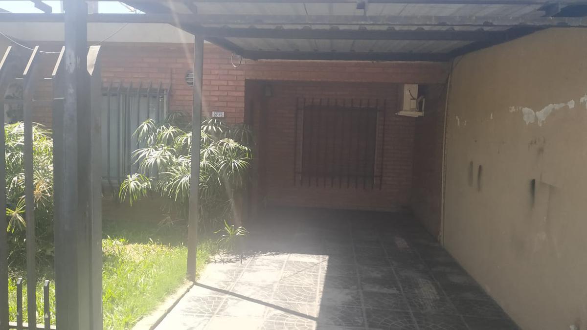 Foto Casa en Alquiler en  Concordia ,  Entre Rios  ituzaingo al 2000