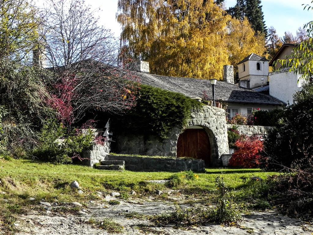 Foto Casa en Venta en  Bariloche ,  Rio Negro  Av. Bustillo km11