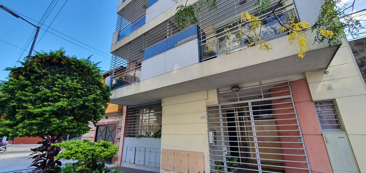 Foto Departamento en Alquiler en  Villa Devoto ,  Capital Federal  Carlos A. López al 3300